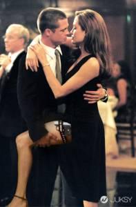 就這五招,讓你的吻瞬間升級成火辣吻