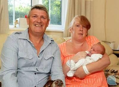 一名女子在要生前15小時 才知道自己懷孕!!