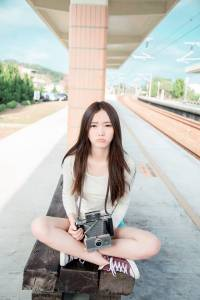 根本不信她才17歲!這台灣妹妹的腿.臉.胸已經比各國高中生還正點了!!