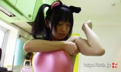 變態的日本人恥度無極限!美眉竟用腋窩做飯糰!!!