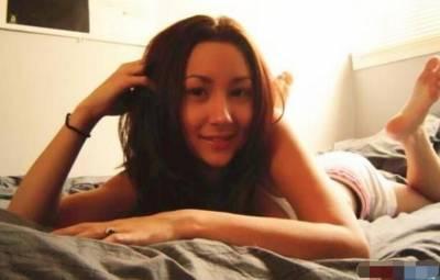 為什麼女人願意讓男人在床上拍裸照?調查後驚人事實...