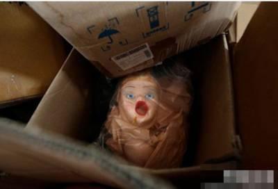 充氣娃娃製作過程實拍,沒想到那些部位是這樣做出來的...