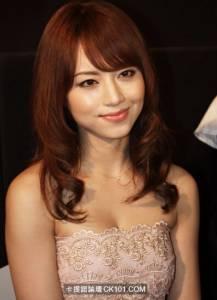 為什麼女優這麼正,日本的有錢人不包養她們?