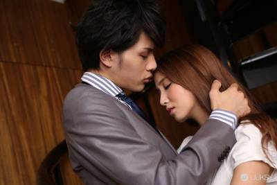 王子系男孩!AV 男優界的花美男「中村ダイキ」