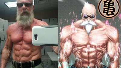 激似龜仙人!!!60歲老人PO肌肉照爆紅網路...