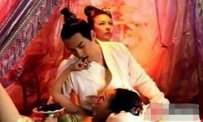 這些嬪妃為了得到帝王寵幸...竟然用了這些妖媚之術