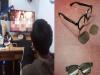 當父母面也能看謎片!宅男跪謝3秒製「魔眼鏡」神技。。。