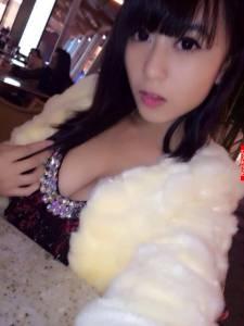 17歲「E罩」正妹黃可美照流出...小小年紀身材這麼驚人!