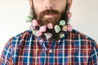 惡搞鬍子藝術 還可以放上什麼?!