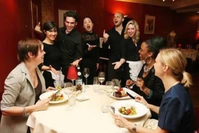 全球10大讓你大開眼界的另類餐廳!我以為懸崖餐廳已經很特別,竟然還有這樣的…