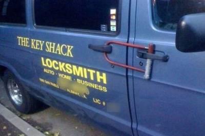 有這麼拚的車主..小偷只能苦笑了!18招教你防車被偷!