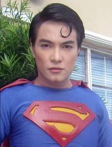 偶像的力量是無窮的!菲男整19次變超人!