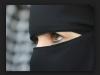 面紗後不一定是美女!可能只是眼妝美!沙特男子看了新婚妻的真面目後…