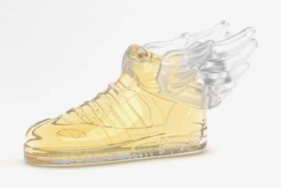 adidas Originals請來Jeremy Scott把翅膀鞋變香水!推出「JS Wings 2.0 Fragrance」│GQ瀟灑男人網