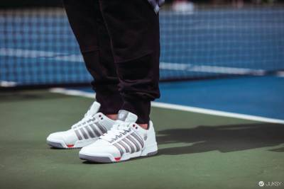 K-SWISS 橫跨世紀經典鞋款:Gstaad展現低調優雅!