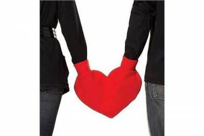 情人收到會傻眼的《怪怪情人節禮物》 確定不是整人遊戲嗎
