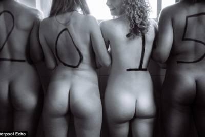 2015年由「辣妹球員」拍攝的裸露月曆開始吧!