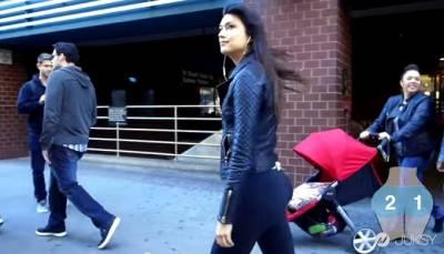 美女美臀裝攝影機看看有多少男人偷看 其實背後意義深遠...