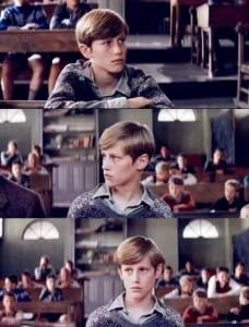 「放牛班」中的小男孩長大了!!我就知道他長大會是個禍害!超帥的呀!!
