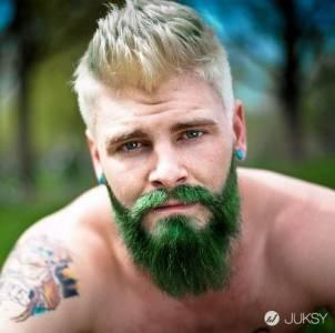 染髮算什麼?染鬍子才是時下最潮的一件事!