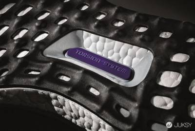 adidas發表全新Ultra BOOST 史上最佳動能跑鞋