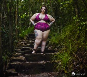 大 Size 女孩進攻英國模特兒市場 打破過去所有標準