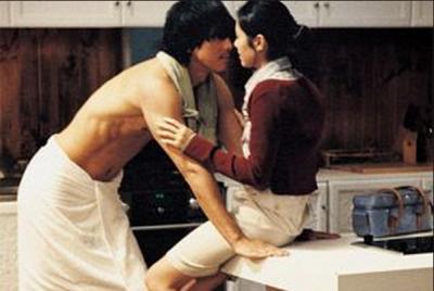 【男女最想對方在床上做的三件事】 原來平常這個舉動就足以讓他....興奮!!