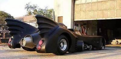 周董有錢就是任性!上千萬打造霸氣蝙蝠豪車,只能看不能開!