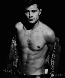 Jamie Dornan 為何能演出「格雷的五十道陰影」的性感男神?一張照片告訴你!