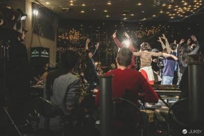 2015 RED BULL 音樂學院前往巴黎 即日起至 2 月 26 日號召全球音樂人線上報名