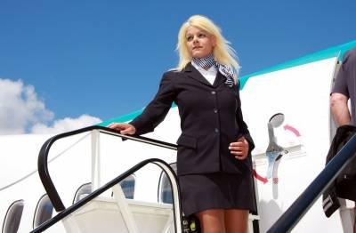 瘋了?德國空姐想做「真人芭比」辭職做整形!驚人「兇」器讓人不可置信!
