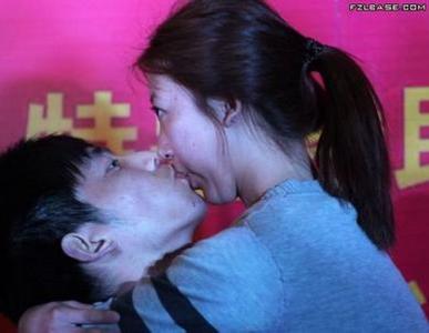 男人必看➔女人愛咬人的8個原因 ,其實是愛你的表現