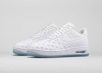 跨越時尚 都市及籃球文化,Nike Sportswear 推出群星系列球鞋