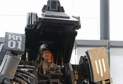 太酷了!!現實版「變形金剛」 問世!控制者可坐進機械人裡面!