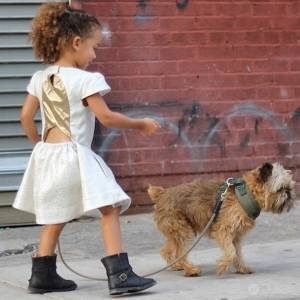 只有三歲的穿搭部落客?小小女孩席捲紐約時尚圈!