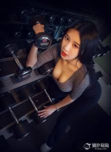 韓最美女老師PK 中國乳神的健身私房照!網友看了:全身細胞都沸騰了!