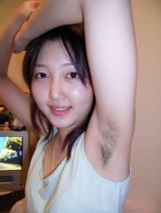 這些美女都不愛刮腋毛!!最後一個超美的呀!!但那個毛…