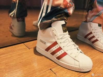 adidas Originals Superstar 就是這麼讓人愛不釋手!