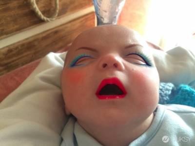 一位母親幫小孩「加工」後的成果…只能說一切太有「惡趣味」啦!