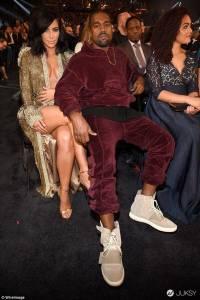 新一代神鞋 Yeezy 750 Boost 該怎麼穿?!