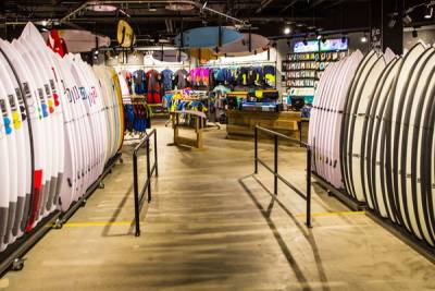QUIKSILVER BOARDRIDERS 亞太區第一家全球品牌概念店於 QUIKSILVER PRO 澳洲黃金海岸衝浪大賽 COOLANGATTA 盛大開幕 打造極限運動者的夢幻天堂