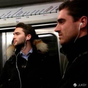 捕獲法國帥哥 巴黎地鐵型男們就算睡著還是很帥!