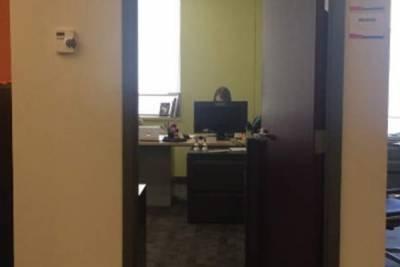為什麼老闆的女秘書天天加班?