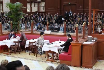 2015 秋冬巴黎時裝周第八日:小酒館 本·斯蒂勒和玫瑰興衰
