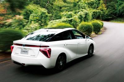 灰姑娘變公主-氫氣電能Toyota Mirai的突起