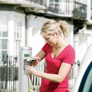 悲觀電動車 油價不再決定一切