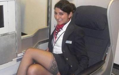 波蘭媒體曝光飛機上空姐不雅照!這尺度令人咋舌。。。