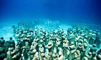 震驚!海底發現神秘人類 !疑似變種外星人!