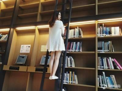 實踐大學校花化身美少女戰士大長腿被讚太美了!