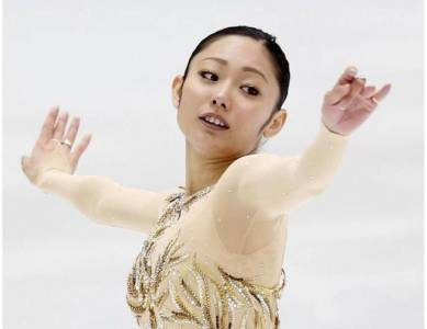 日本滑冰妖姬天生就有狐媚騷浪氣質,沒想到她的性癖好更糜爛。。。
